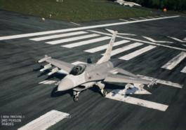 Ace Combat 7 - Cómo se usan los Flares (Bengalas) 2